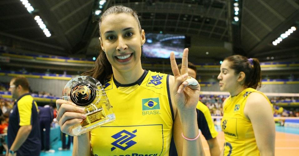 17.nov.2013 - Sheilla foi eleita a melhor jogadora da partida decisiva da Copa dos Campeões; ao vencer as japonesas por 3 a 0, o Brasil garantiu o bicampeonato da Copa dos Campeões