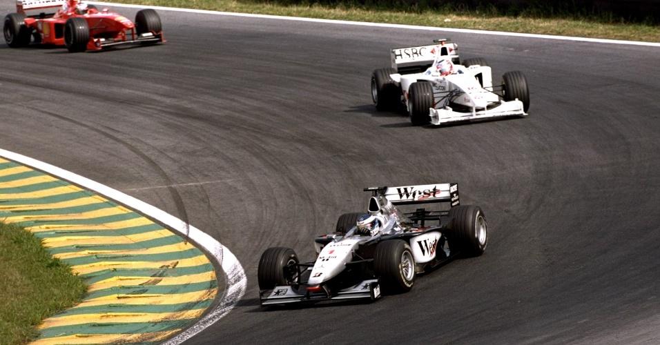 11.04.99 - Mika Hakkinen e Rubens Barrichello no GP Brasil de F-1 de 1999