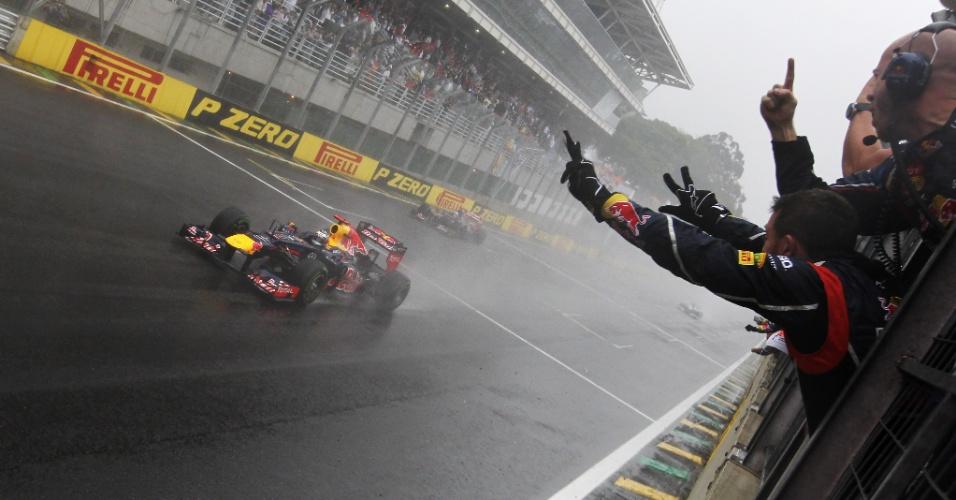 25.11.12 - Sebastian Vettel conquista o título da F-1 em Interlagos
