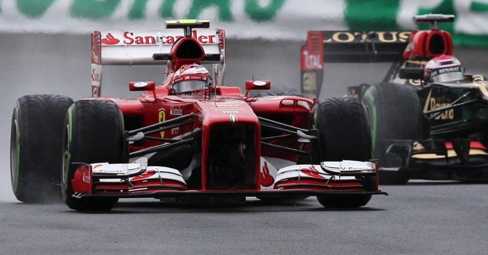 22.11.2013 - Felipe Massa e Heikki Kovalainen nos treinos livres do GP Brasil