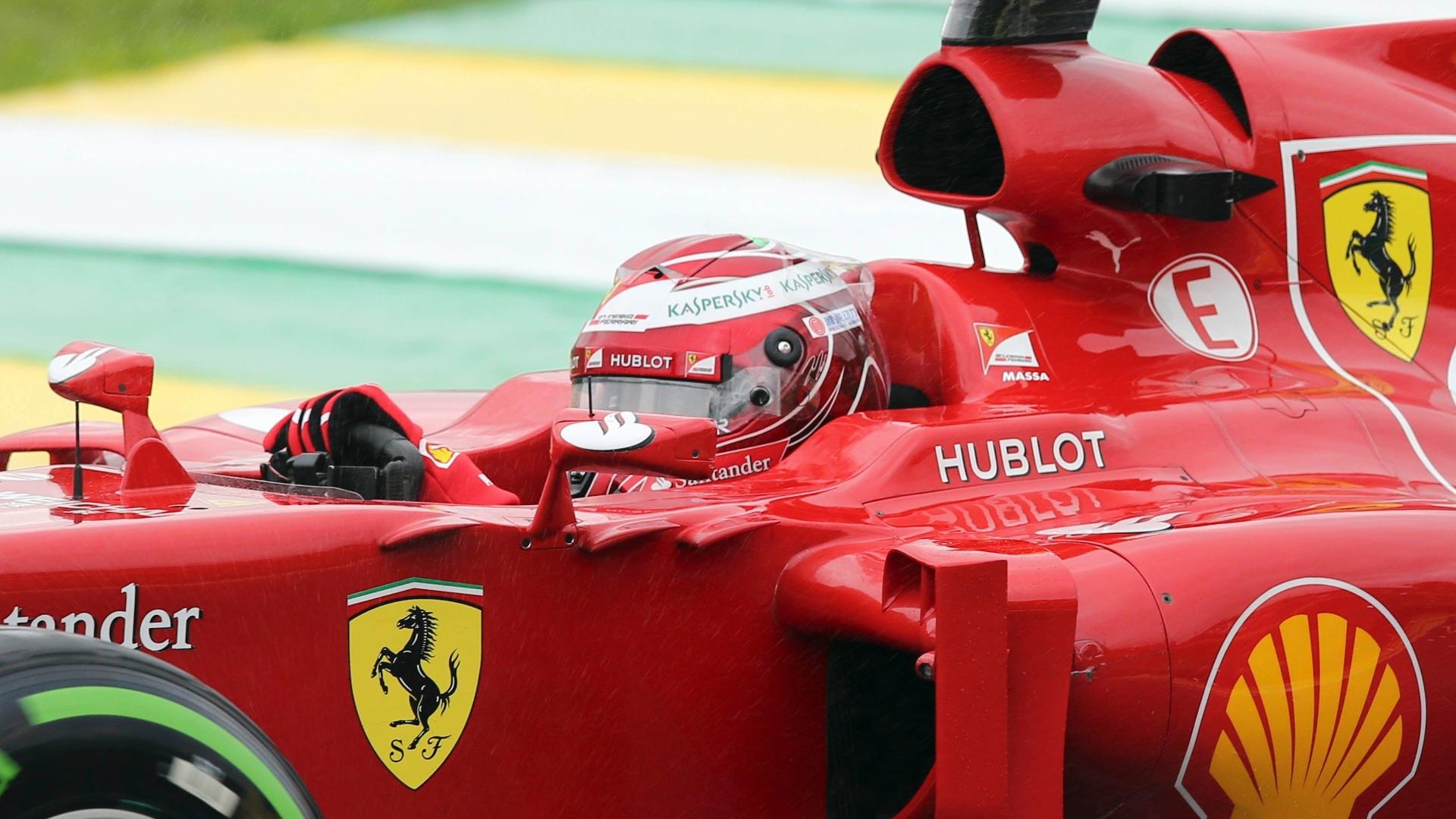 22.11.2013 - Felipe Massa no primeiro treino livre do GP Brasil de F-1