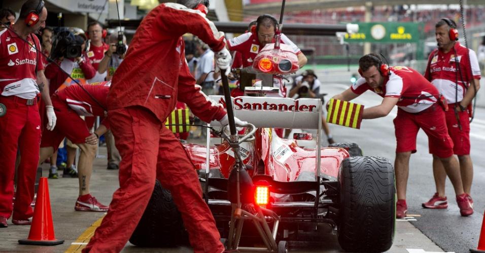 22.11,2013 - Felipe Massa no treino livre do GP Brasil de F-1