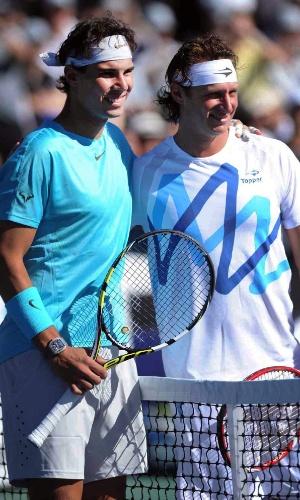 23.11.2013 - Nadal e Nalbandian posam no jogo da despedida do argentino
