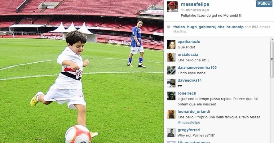 Felipe Massa brinca com o filho no Morumbi