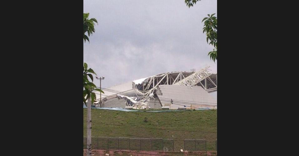 Foto do acidente no Itaquerão