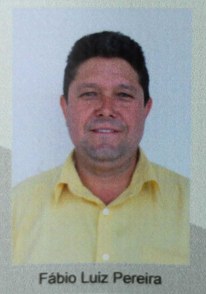 Foto de Fábio <b>Luiz Pereira</b>, operário de 42 anos que morreu na última quarta- - foto-de-fabio-luiz-pereira-operario-de-42-anos-que-morreu-na-ultima-quarta-feira-27-de-novembro-na-queda-de-um-guindaste-no-estadio-do-itaquerao-1385630011654_720x1024