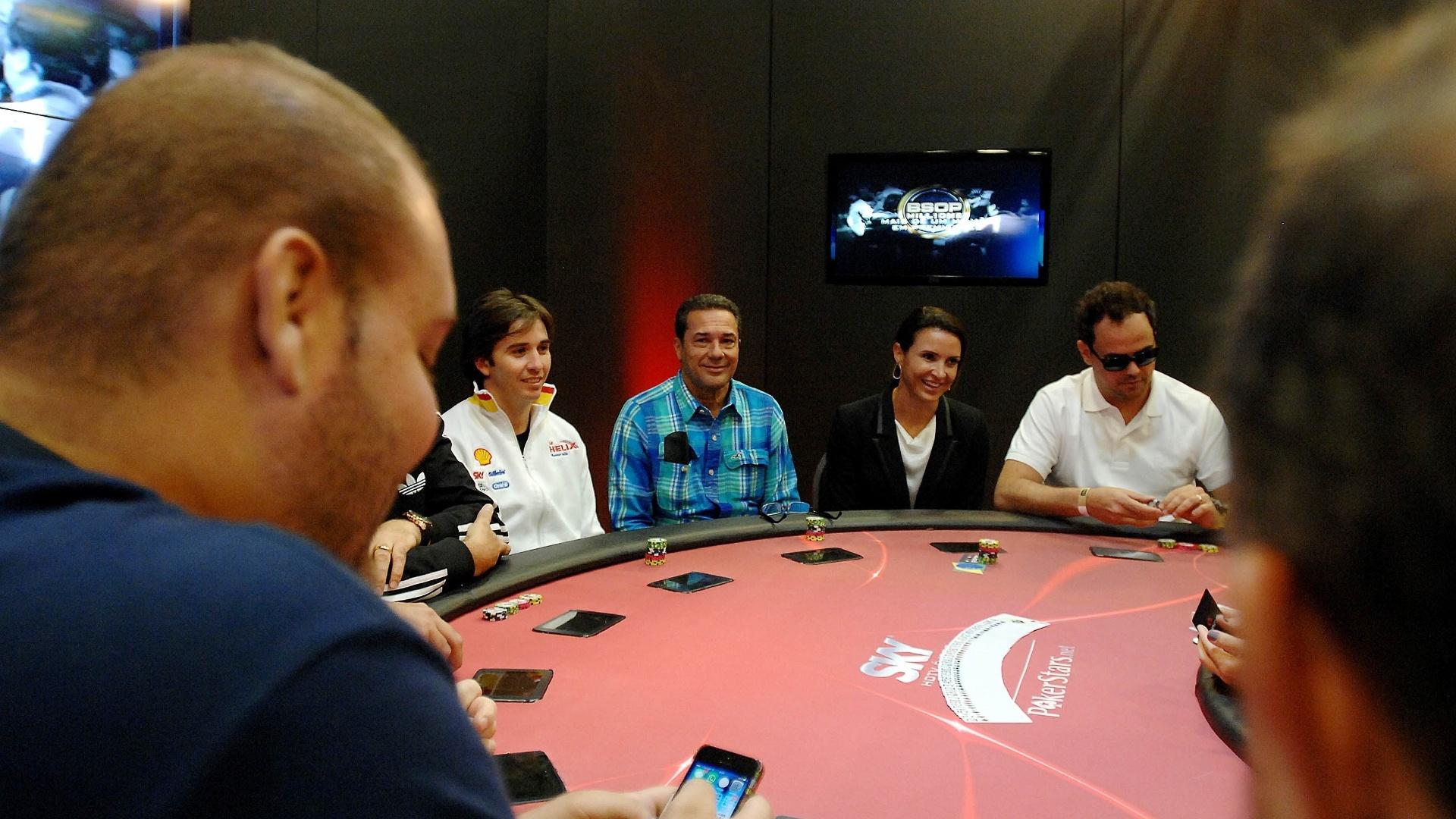 Para marcar a abertura do BSOP Millions, campeonato de pôquer em São Paulo, foi realizada uma mesa de celebridades. Quem venceu foi o executivo da área de hotelaria Francisco Garcia, da rede IHG, que recebeu, como prêmio, uma viagem para uma das etapas do circuito Latino Americano