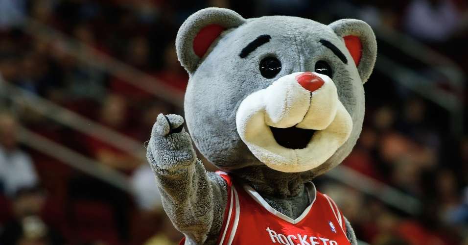 05.dez.2013 - Clutch, mascote do Houston Rockets, durante jogo contra o Houston Rockets