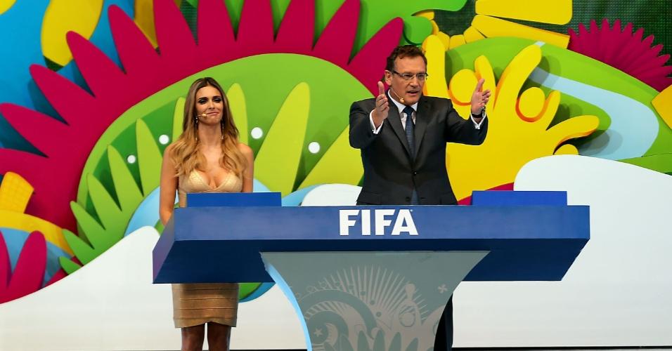 Jérôme Valcke, secretário-geral da Fifa, explica como será o sorteio dos grupos da Copa do Mundo