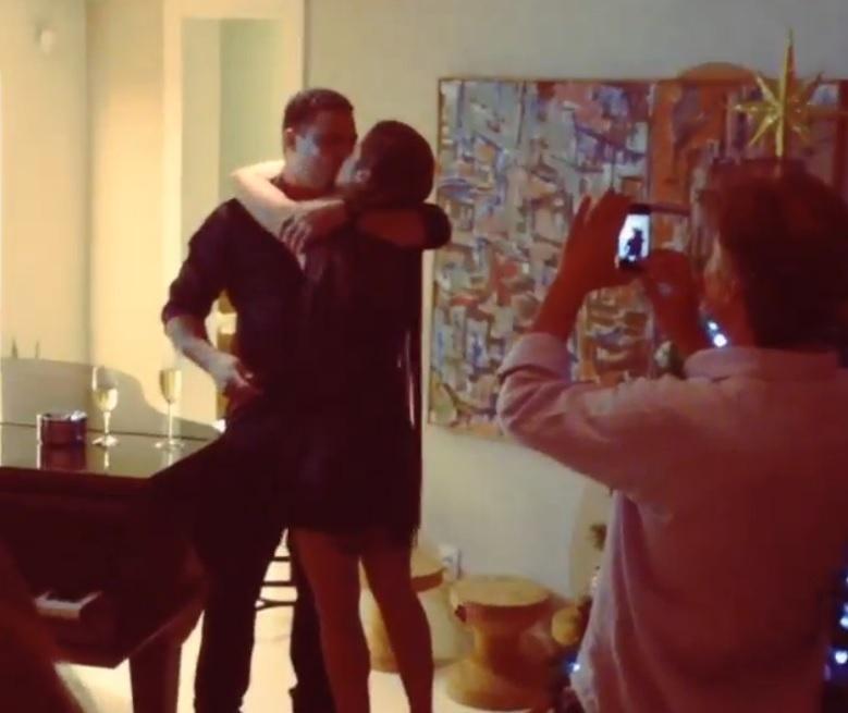 Ronaldo pede Paula Morais em casamento