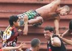 Brigão vascaíno de Joinville já não está mais preso e até curtiu Carnaval - Geraldo Bubniak/Fotoarena