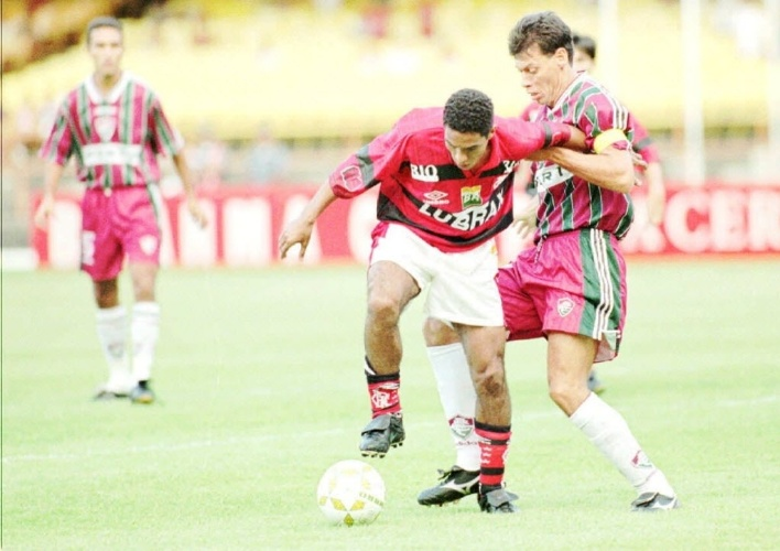 Fluminense perde de 3 a 1 em 1996; time foi rebaixado naquele ano, mas houve virada de mesa. A CBF decidiu não rebaixar nenhum time e fazer um Nacional com 26 times, ao invés de 24.