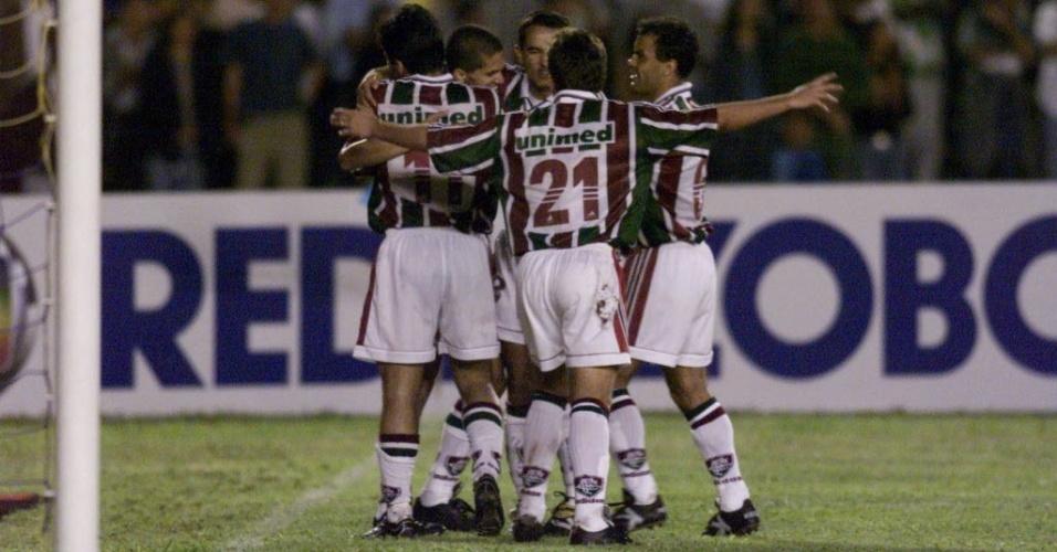 O Fluminense, que em 99 ganhou a terceira divisão e deveria jogar a segunda em 2000, pulou direto para o módulo principal da João Havelange em 2000
