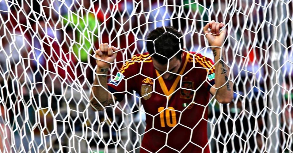 22.jun.2013 - Fábregas lamenta lance contra a Nigéria, pela Copa das Confederações