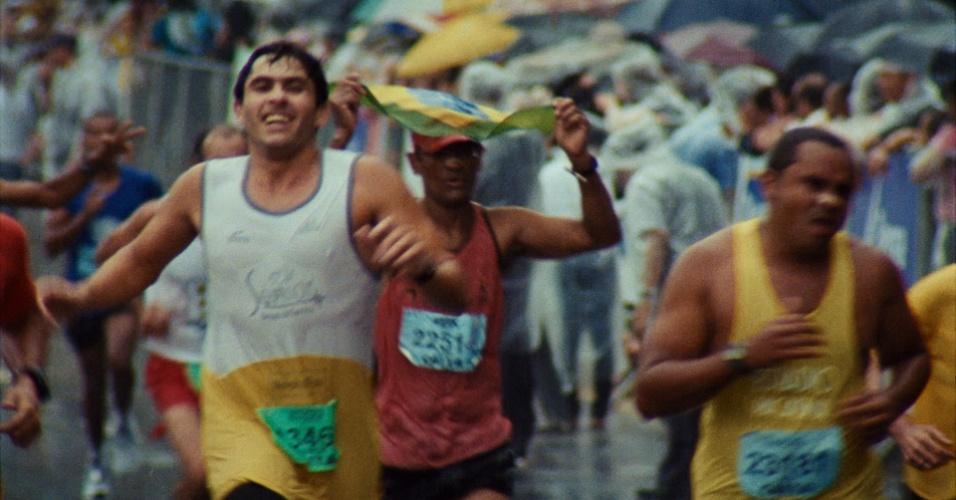 Imagens do documentário 'São Silvestre', da diretora Lina Chamie, que será lançado no dia 27 de dezembro nos cinemas