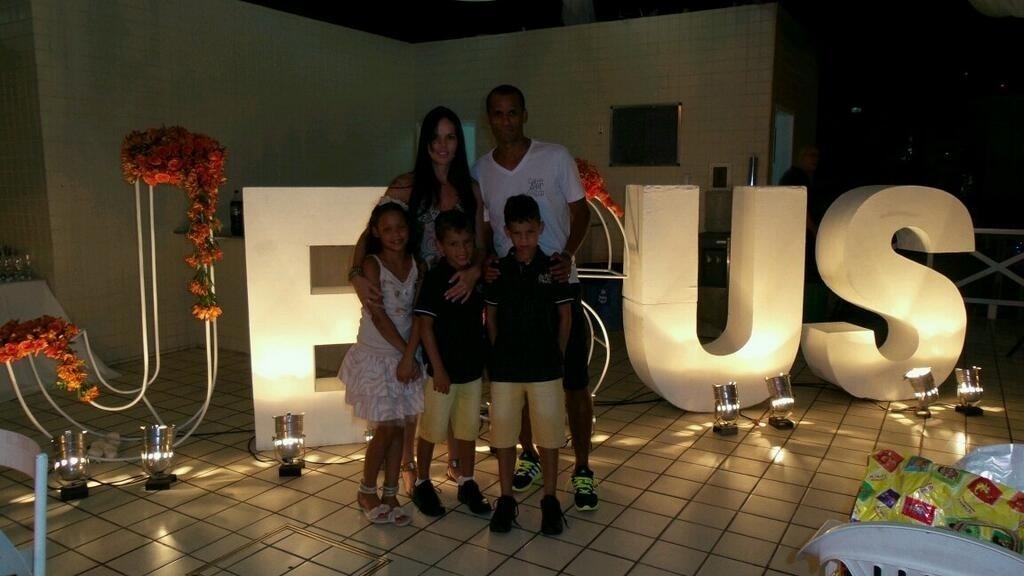Rivaldo e família celebram o Natal