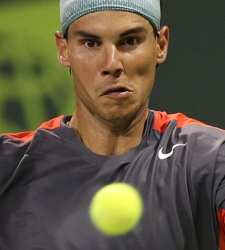31.dez.2013 - Rafael Nadal bateu Lukas Rosol em dois sets na estreia do torneio de Doha