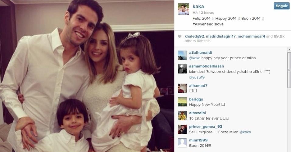 Kaká ao lados da esposa, Caroline Celico, e dos filhos Luca e Isabella