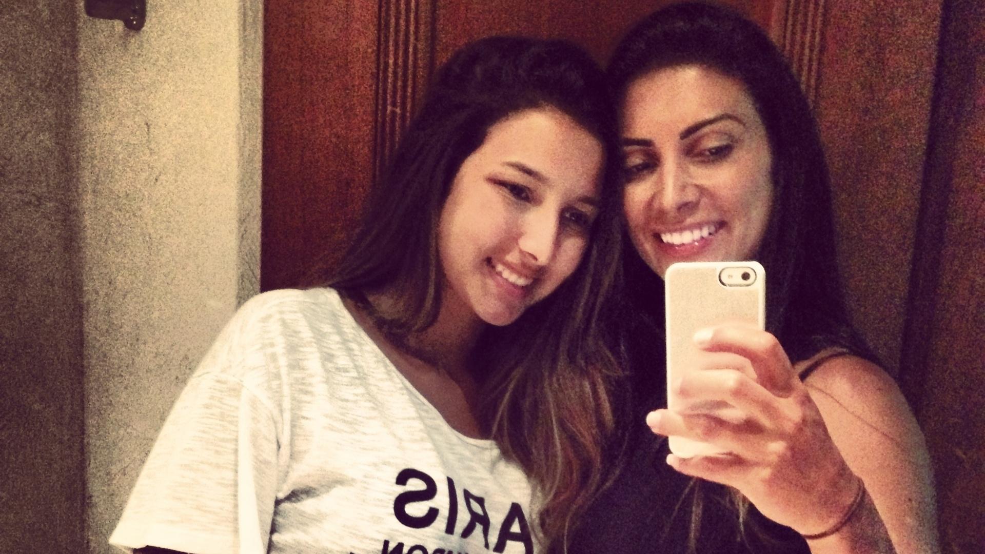 Helena Soares ao lado da filha Maiara; elas competirão juntas em 2014