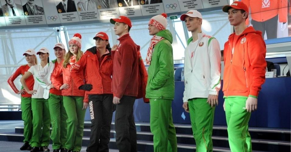 04. 02. 2014 - Atletas da Bielorrússia apresentam uniformes para Sochi
