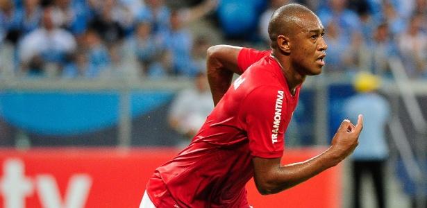 Se confirmado, Fabrício chega para ser o quinto lateral esquerdo do Cruzeiro
