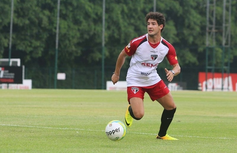 Pato wants Inter, promises to score in derby