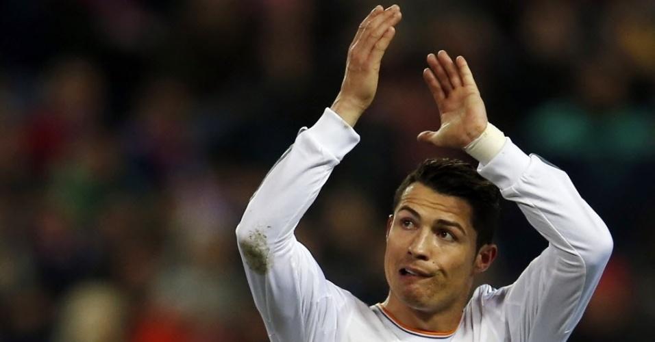 Cristiano Ronaldo comemora gol marcado pelo Real contra o Atlético de Madri, pela Copa do Rei