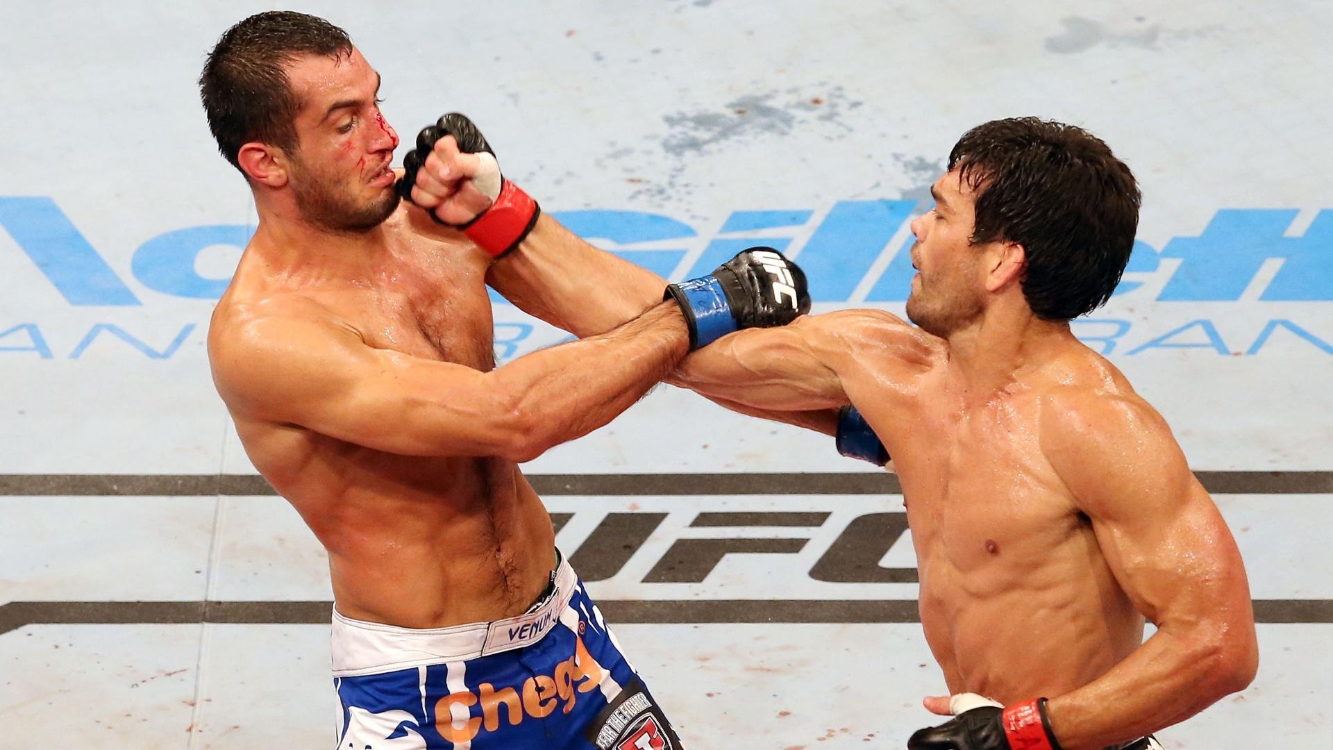 16.fev.2014 - Mais rápido, Lyoto não deu chances para Mousasi e dominou os cincos rounds da luta no UFC Jaraguá
