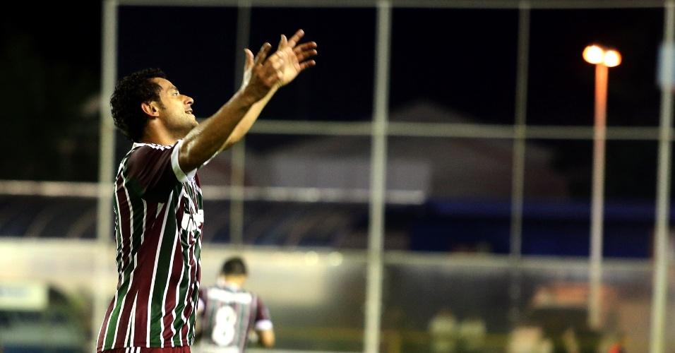 19.fev.2014 - Atacante Fred faz sua comemoração característica após primeiro gol pelo Fluminense depois de volta de lesão