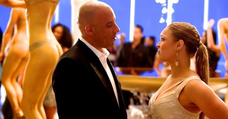 Campeã do UFC, Ronda Rousey aparece em cena junto a Vin Diesel em aperitivo do filme