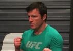Chael Sonnen garante desejo de retornar ao UFC: