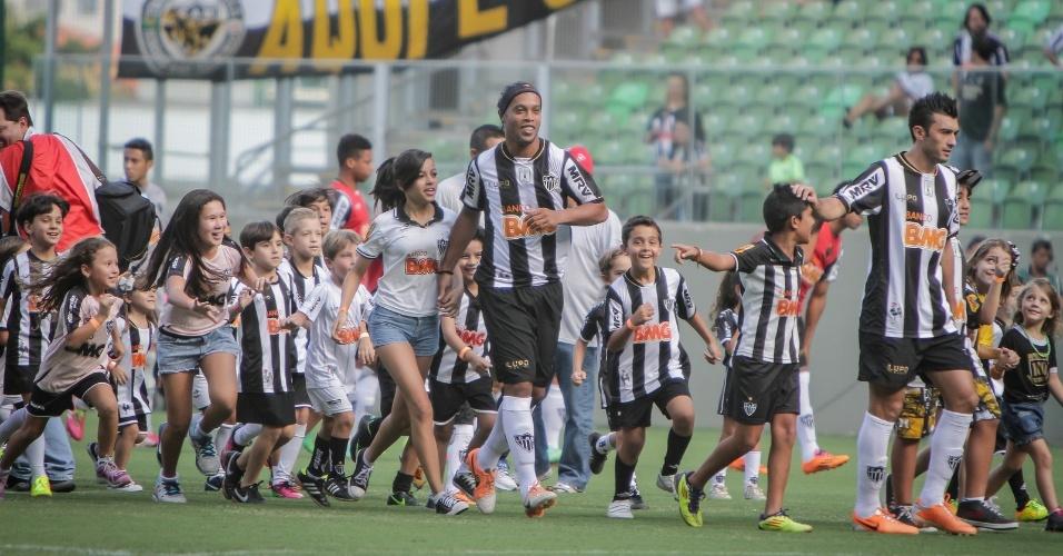 23 fev 2014 - Ronaldinho Gaúcho garante que o Atlético-MG mantém a força e o poder de reação exibidos no ano passado