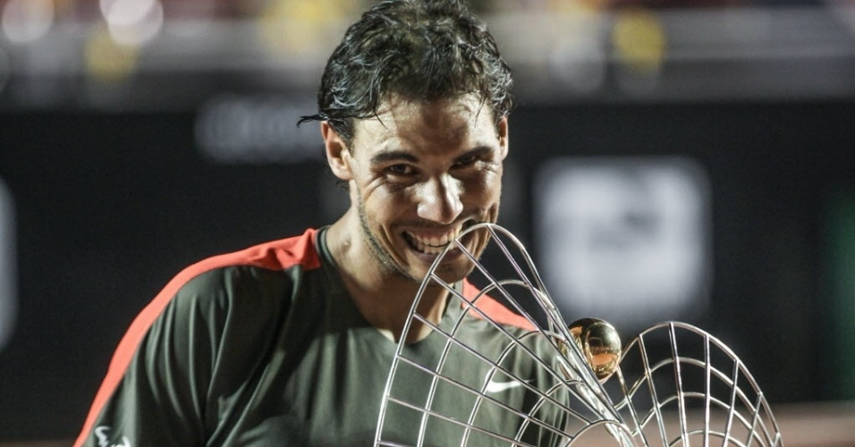 23.fev.2014 - Rafael Nadal fez na decisão do Aberto do Rio o set mais equilibrado dos duelos contra Alexandr Dolgopolov