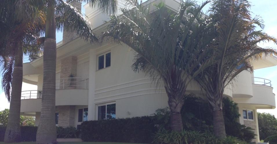 Casa que foi do ex-empresário de Ronaldinho Eric Lovey, onde o atleta passou parte de seu