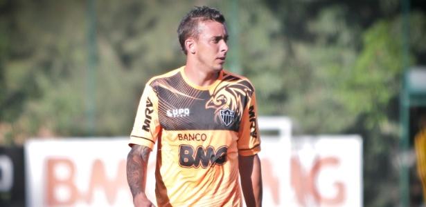 Sem Pedro Botelho, ainda lesionado (f), Atlético-MG tenta fechar contratação de Emerson Conceição