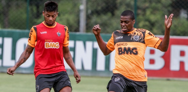 Zagueiro Jemerson (à dir.) terá a chance de atuar como titular no jogo da próxima quarta-feira contra o Lanús