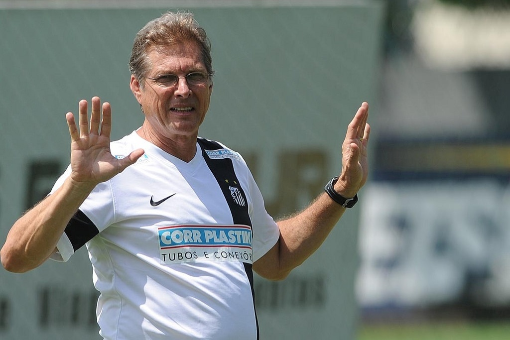 O técnico Oswaldo de Oliveira tem dois reservas em ascensão no Santos - Rildo e Lucas Lima