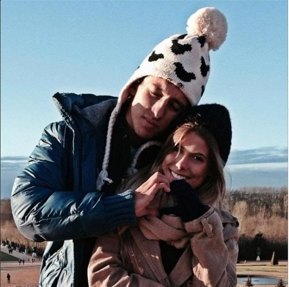 O casal Carol e Marquinhos gosta de exibir os momentos românticos nas redes sociais