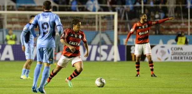 Último clube brasileiro de Carlos Eduardo foi o Flamengo, em 2013/2014
