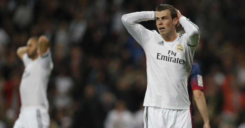 23.mar.2014 - Bale, atacante do Real Madrid, lamenta um lance perdido durante o clássico contra o Barcelona pelo Campeonato Espanhol