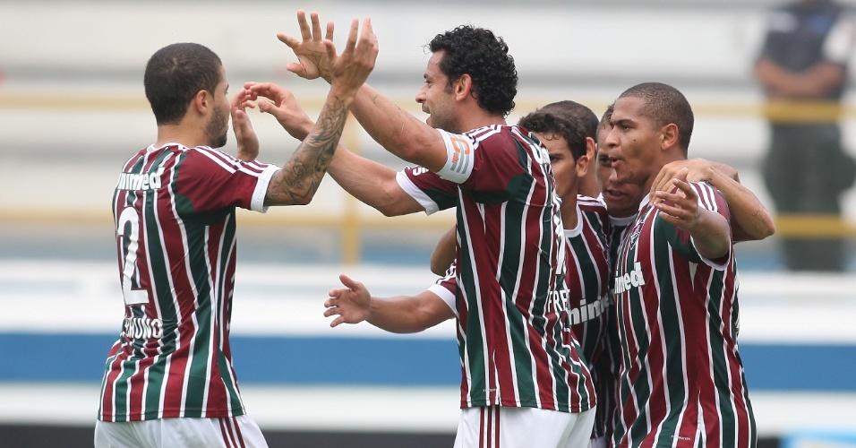 Jogadores do Fluminense comemoram gol de Walter contra o Volta Redonda