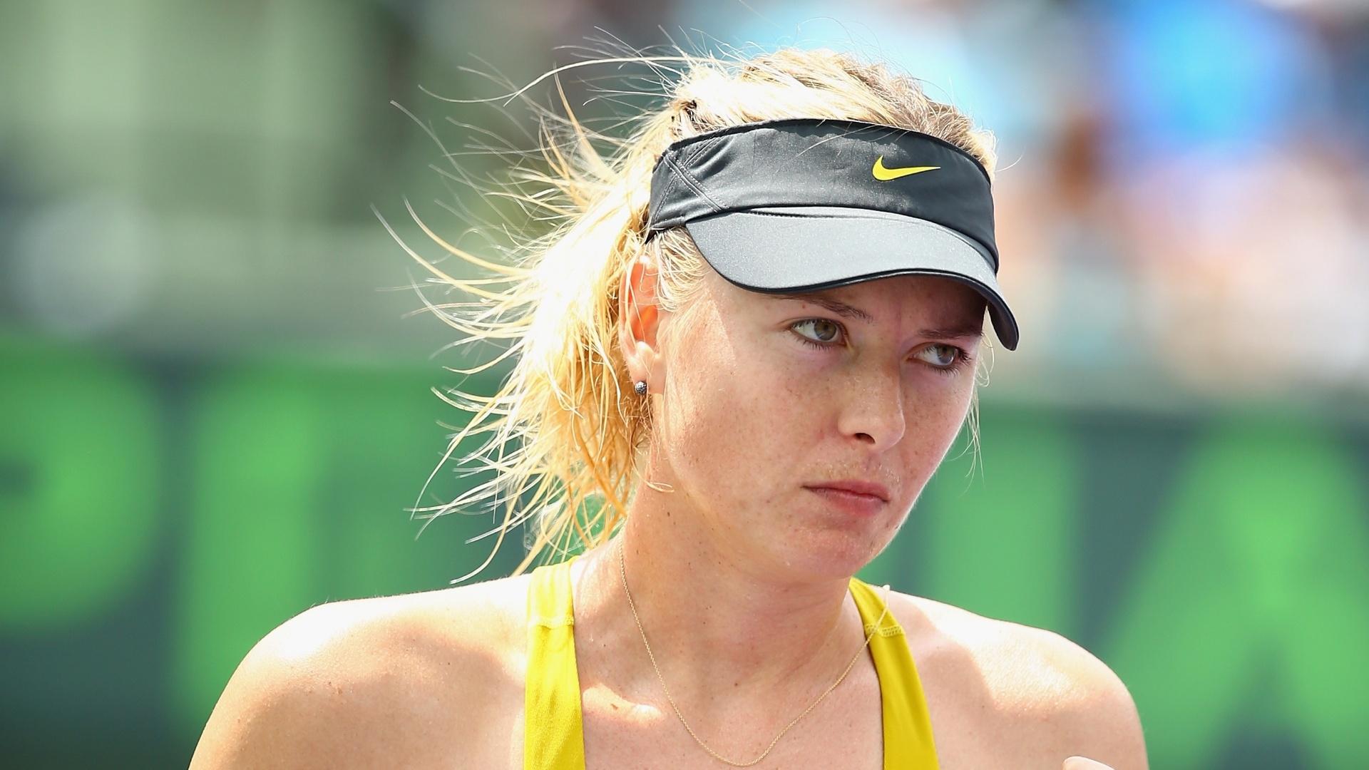 24.mar.2014 - Maria Sharapova comemora match point contra Kirsten Flipkens, no Masters 1000 de Miami