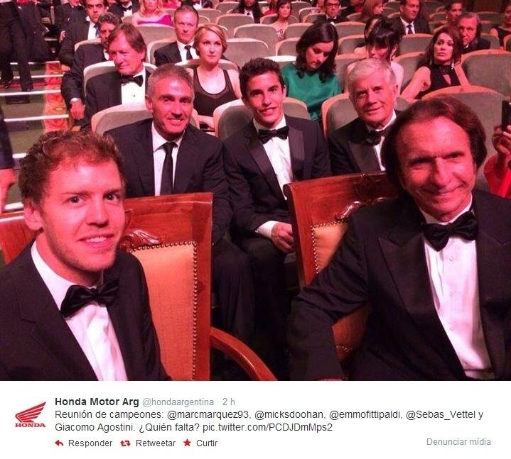 26.03.14 - Sebastian Vettel, Mick Doohan, Marc Márquez, Giacomo Agostini e Emerson Fittipaldi no prêmio Laureus