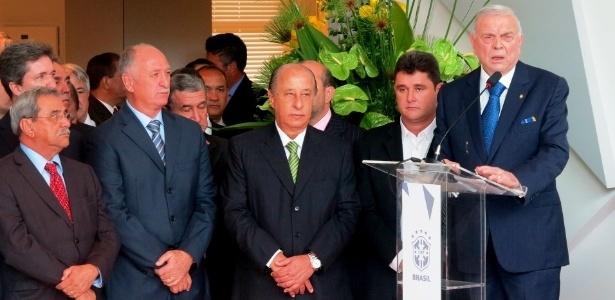 José Maria Marín, presidente da CBF, discursa durante reinauguração do CT da Granja Comary, em Teresópolis