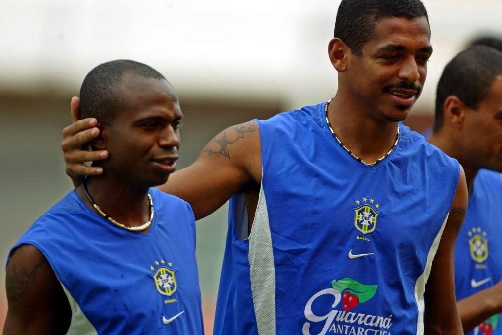 Edilson e Vampeta são grandes amigos e estiveram juntos na conquista da Copa do Mundo de 2002 pela seleção