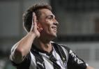 Sem espaço no Atlético-MG, Neto Berola é confirmado por diretor do Coritiba
