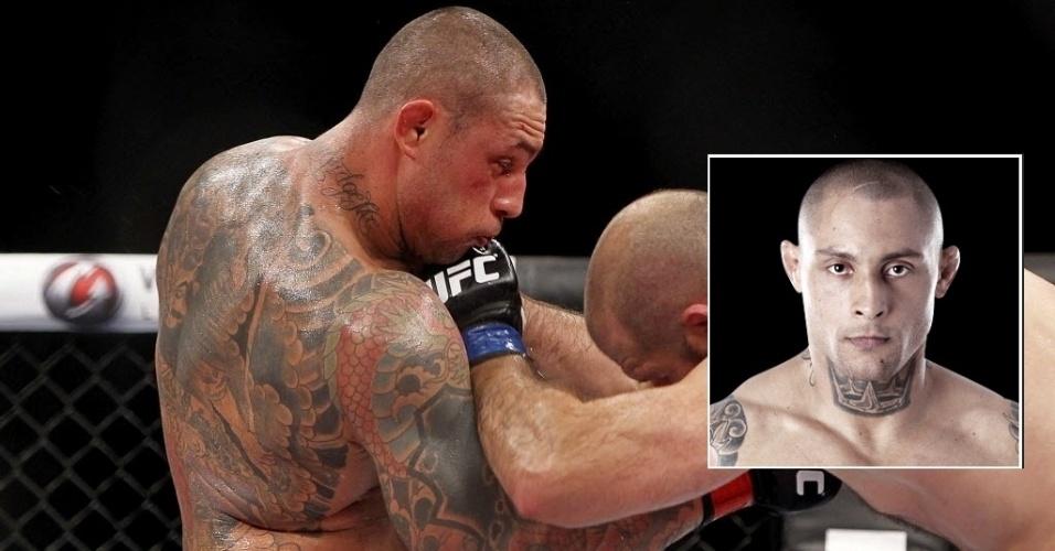 Thiago Silva, ex-lutador meio-pesado do UFC, traz suas polêmicas até nas tatuagens, com um soco inglês na mão e uma coroa no pescoço. Ele ainda tem a frase Jamais Desistir no braço, entre outros desenhos