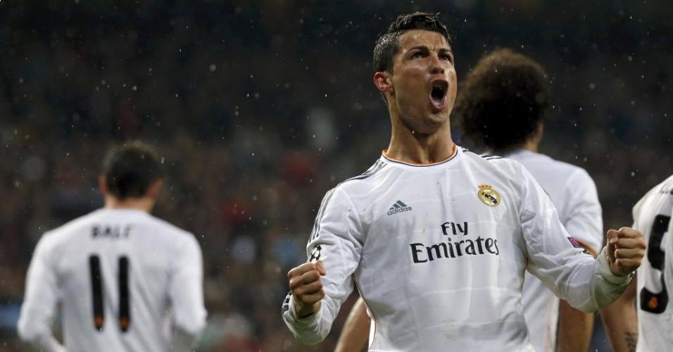 02.abr.2014 - Cristiano Ronaldo vibra muito após marcar o terceiro gol do Real Madrid na partida contra o Borussia Dortmund pelas quartas da Liga dos Campeões