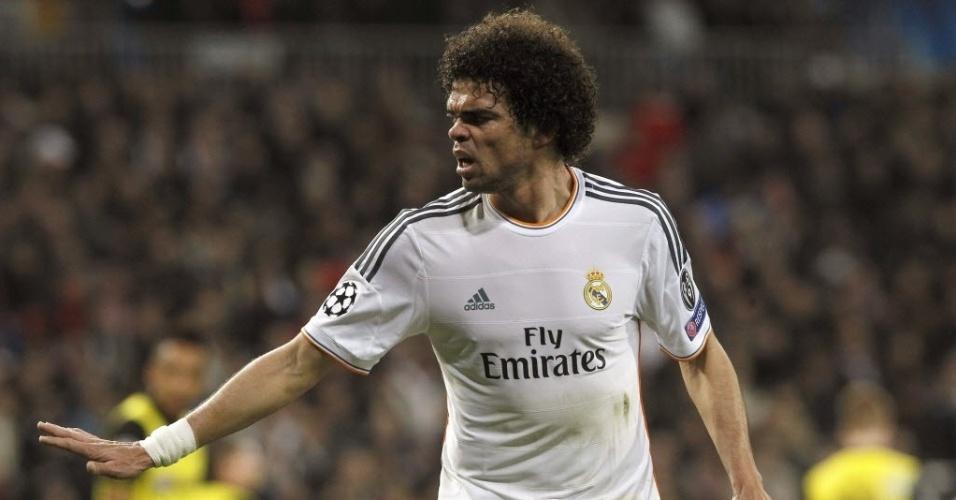 02.abr.2014 - O zagueiro Pepe foi um dos destaques do Real Madrid na vitória por 3 a 0 sobre o Borussia Dortmund