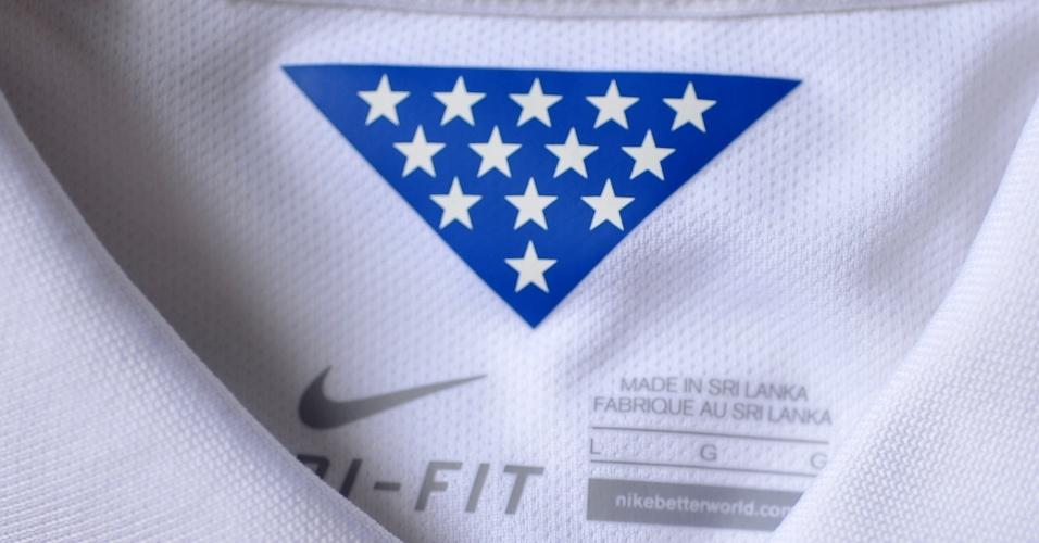 EUA - Camisa Branca - gola